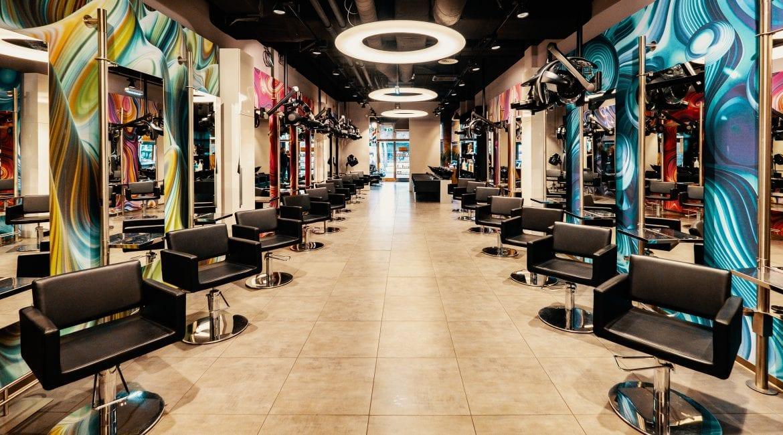 Der Friseur Salon MK Hairlounge im Wiener Donauzentrum